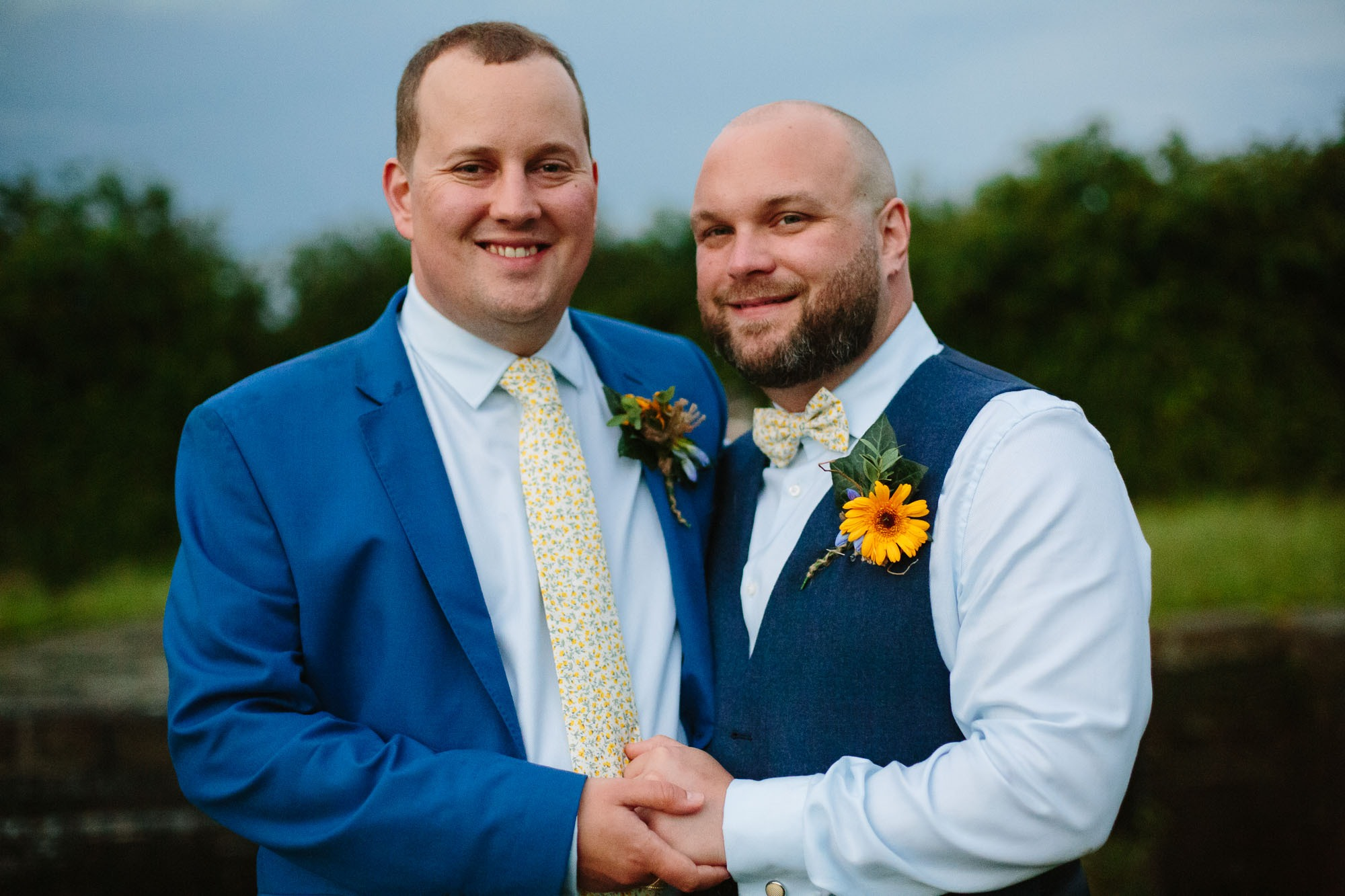 0143-Waterfront-Tipi-Wedding-in-Leicestershire-